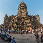 Cambodian Bank Offers Payday Loans to Clients with Jobs